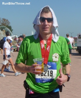 Chicago Marathon recovery = cold beer and cold wet towel. Both felt really good!