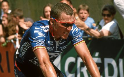 "And this disgraced former champion even said he'd cheat all over again. ""Lance Armstrong MidiLibre 2002"" by de:Benutzer:Hase - Self-photographed. Licensed under CC BY-SA 3.0 via Wikimedia Commons."